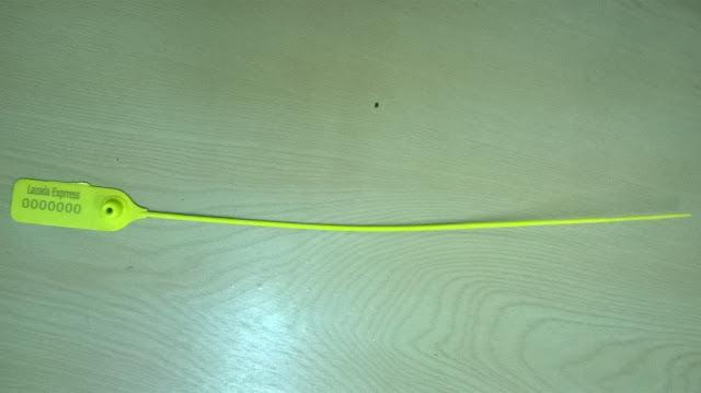 Seal nhựa đốt trơn khóa kim loại không rãnh xé 33 cm